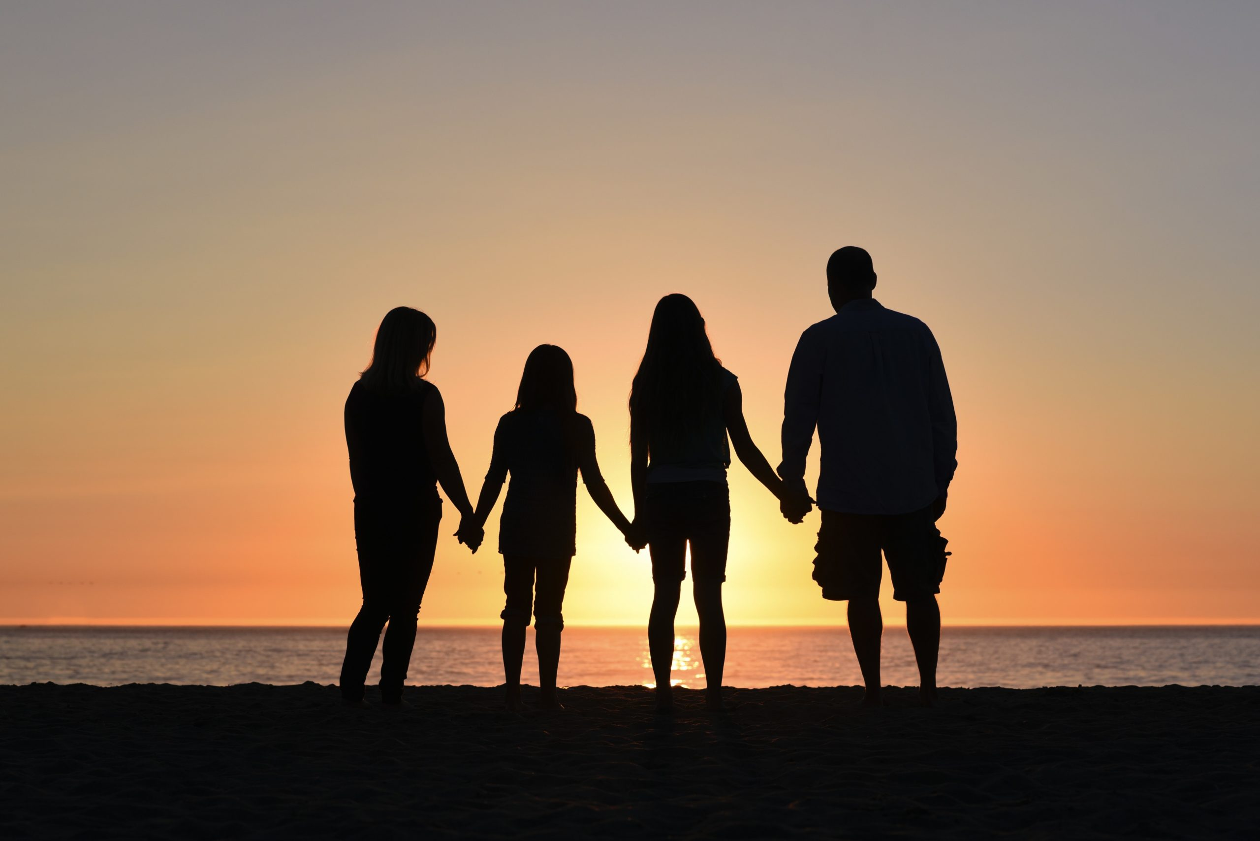 加州ADU的机遇还是挑战?—— 美国的大多数年轻人与父母同住的比例达最高峰